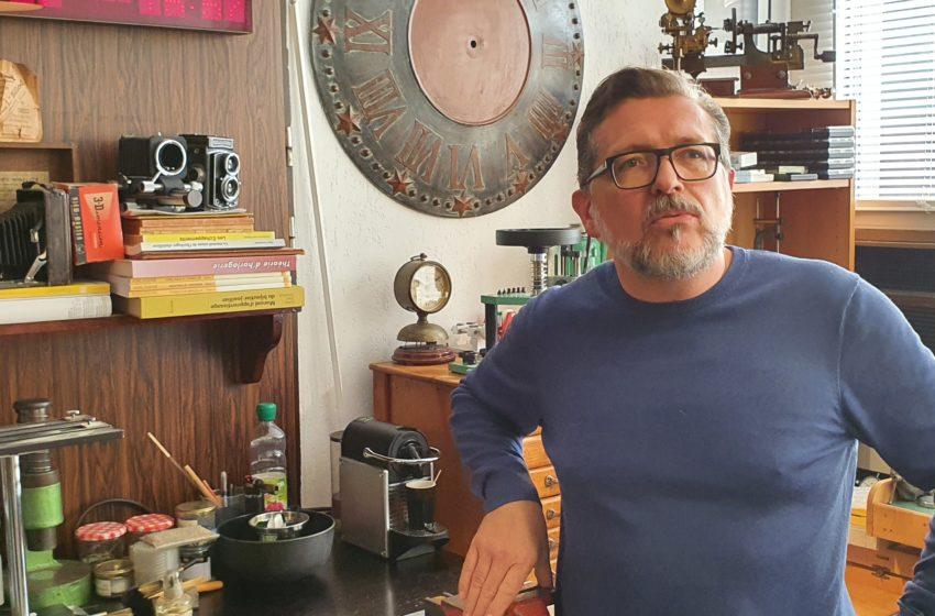 L'horloger indépendant Cédric Johner